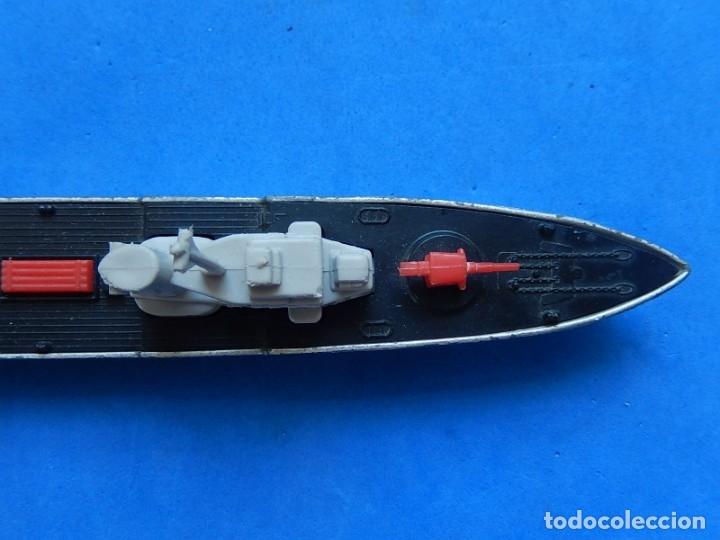 Maquetas: Dos barcos de guerra. Corvette (Corbeta) C70. Fabricados en Inglaterra por Matchbox, Lesney. 1976. - Foto 27 - 174513222