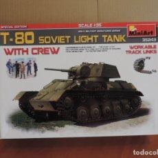 Maquetas: MINIART 35243 T-80 SOVIET LIGHT TANK W/CREW 1/35. Lote 122556071
