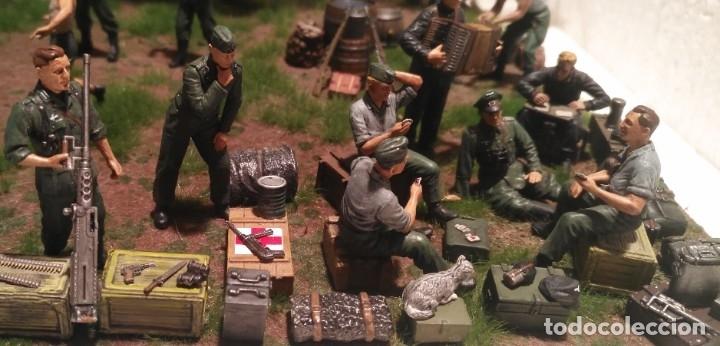 Maquetas: Diorama tropas alemanas jugando a fútbol y cartas 1/35 montado y pintado con detalles - Foto 3 - 176871339