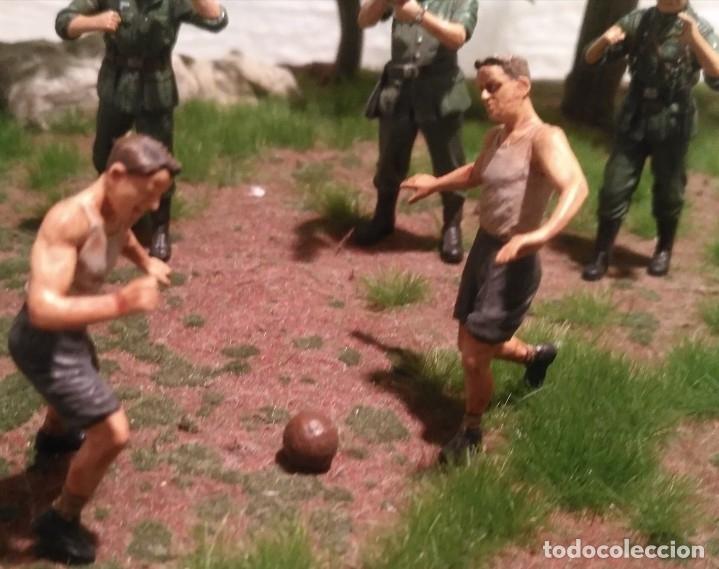 Maquetas: Diorama tropas alemanas jugando a fútbol y cartas 1/35 montado y pintado con detalles - Foto 5 - 176871339