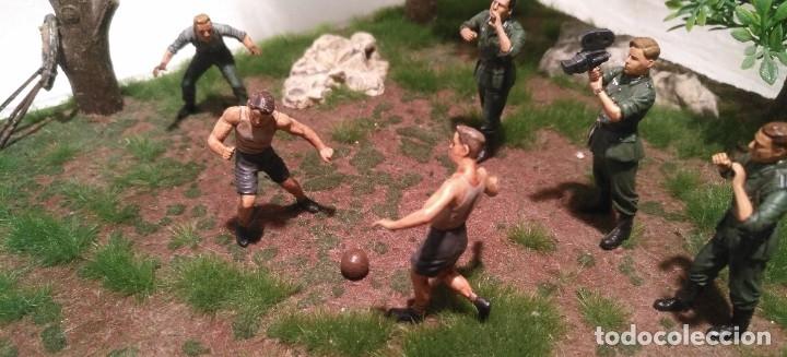 Maquetas: Diorama tropas alemanas jugando a fútbol y cartas 1/35 montado y pintado con detalles - Foto 12 - 176871339