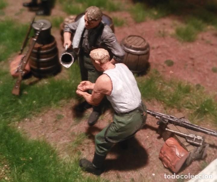 Maquetas: Diorama tropas alemanas jugando a fútbol y cartas 1/35 montado y pintado con detalles - Foto 13 - 176871339