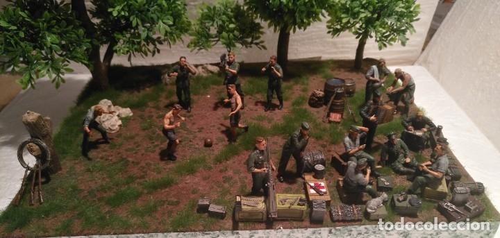 Maquetas: Diorama tropas alemanas jugando a fútbol y cartas 1/35 montado y pintado con detalles - Foto 15 - 176871339