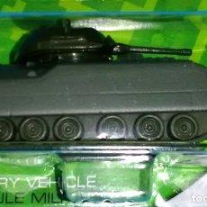 Maquetas: LOTE TANKE DE METAL / BLINDADO / CARRO DE COMBATE - MAISTO - FF14 M2 BRADLEY - US ARMY - SCL. 1/64. Lote 178085267