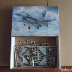 Maquetas: MAQUETA - MISTERCRAFT D-67 F-16C-30 RAMSTAIN DRAGON 1/72. Lote 178140385
