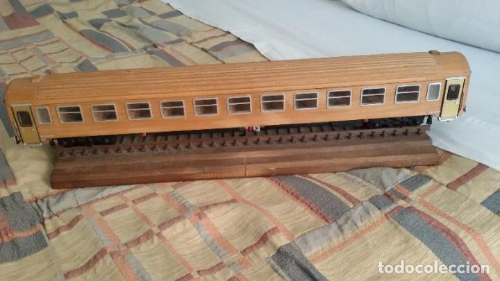 Maquetas: Tren, Renfe, vagón, todo madera, pieza única, artesania, creada por modelista de fundición de CAF - Foto 2 - 178892131