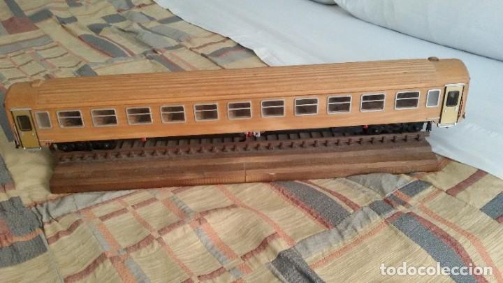 Maquetas: Tren, Renfe, vagón, todo madera, pieza única, artesania, creada por modelista de fundición de CAF - Foto 3 - 178892131