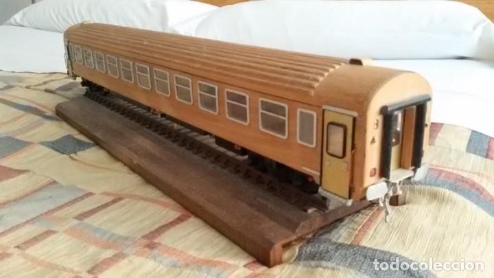 Maquetas: Tren, Renfe, vagón, todo madera, pieza única, artesania, creada por modelista de fundición de CAF - Foto 4 - 178892131
