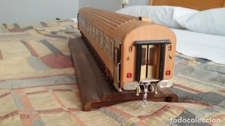Maquetas: Tren, Renfe, vagón, todo madera, pieza única, artesania, creada por modelista de fundición de CAF - Foto 9 - 178892131
