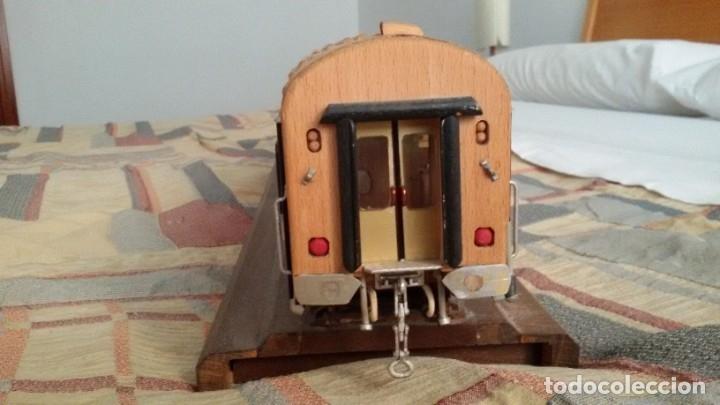Maquetas: Tren, Renfe, vagón, todo madera, pieza única, artesania, creada por modelista de fundición de CAF - Foto 10 - 178892131