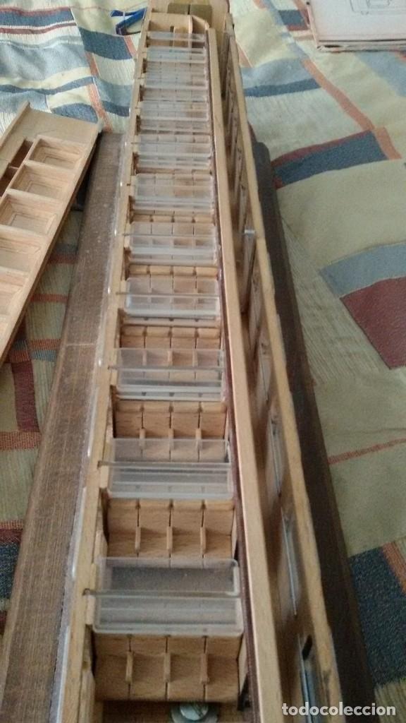Maquetas: Tren, Renfe, vagón, todo madera, pieza única, artesania, creada por modelista de fundición de CAF - Foto 20 - 178892131