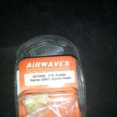 Maquetas: AIRWAVES 1/72. 2 HARRIER EJECTTOR SEATS. Lote 180463375