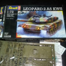 Maquetas: REVELL 1/72 LEOPARD 2 A5 KWS. Lote 181792573
