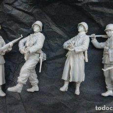 Maquetas: 4 FIGURAS DE LA 352 DIVISION DE GRANADEROS.BATALLA DE LAS ARDENAS 1944- ESCALA 1/35. DRAGON- CALIDAD. Lote 182621508