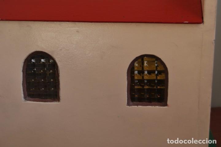 Maquetas: PRECIOSA IGLESIA DE MADERA - MAQUETA - VENTANAS DE CRISTAL - GRAN TAMAÑO - AÑOS 70 - Foto 4 - 189193968