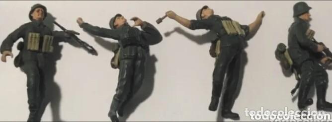 LOTE SOLDADOS ALEMANES WEHRMACHT 1/35 MONTADOS Y PINTADOS CON DETALLES (Juguetes - Modelismo y Radiocontrol - Maquetas - Militar)