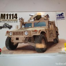 Maquetas: BRONCO M1114 UP-ARMORED TACTICAL VEHICLE CARRO COMBATE PLÁSTICO ESCALA 1:35. Lote 192490267