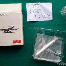 Maquetas: AVIÓN MAQUETA ESCALA 1: 400 AIRBUS A340 - 300 SWISS AIR LINES . Lote 192494036