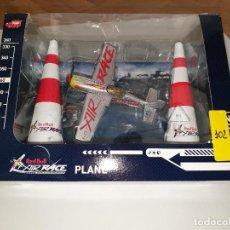 Maquetas: DICKIE TOYS RED BULL AIR RACE PLANE AVIÓN PLÁSTICO . Lote 192742805