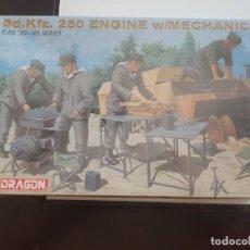 Maquetas: MAQUETA DRAGON 1/35 SOLDADOS SD.KFZ. 250 ENGINE W/MECHANICS. Lote 193234787
