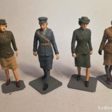 Maquetas: BRONCO MODELS. ESCALA 1/35. WWII ALLIED FEMALE SOLDIER SET. MAQUETAS MONTADAS Y PINTADAS. Lote 194282840