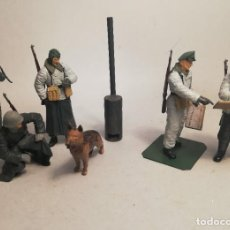Maquetas: TAMIYA. ESCALA 1/35. GERMAN SOLDIERS AT FIELD BRIEFING. MAQUETAS MONTADAS Y PINTADAS. Lote 194283090