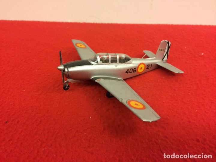 """BEECHCRAFT T33A """"MENTOR"""" (Juguetes - Modelismo y Radio Control - Maquetas - Aviones y Helicópteros)"""