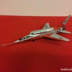 Maquetas: NORTHON AMERICAN F107A. Lote 194949746