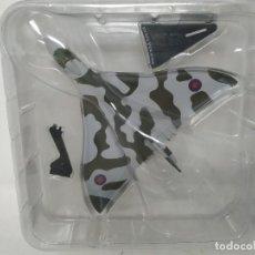 Maquetas: AVRO VULCAN B MK-2. AVIONES EN COMBATE. DEL PRADO. NUEVO.. Lote 195383007