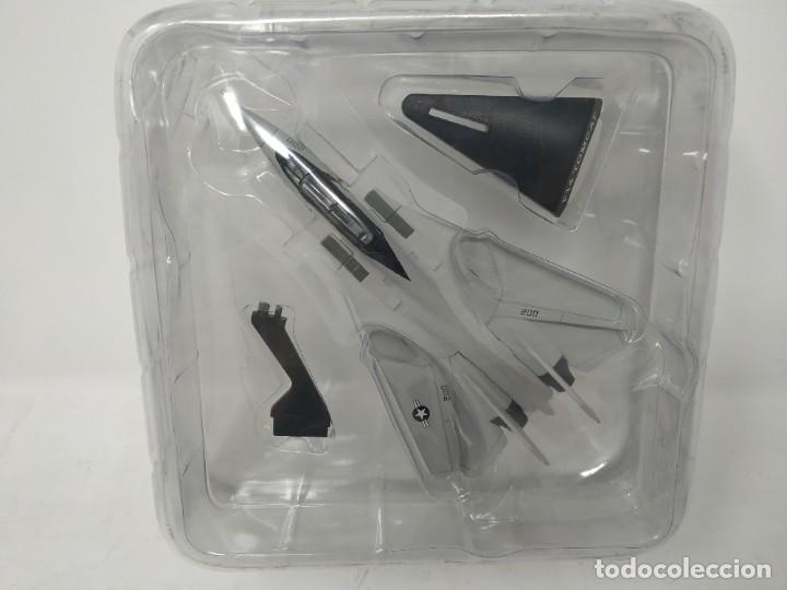 F-14 TOMCAT. AVIONES EN COMBATE. DEL PRADO. NUEVO. (Juguetes - Modelismo y Radio Control - Maquetas - Aviones y Helicópteros)