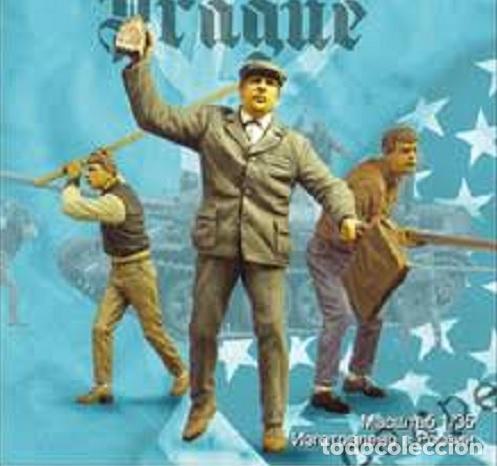 WWII REBELDES PRAGA 3 FIGURAS CIVILES 1/35 RESINA ACCESORIOS DIORAMA (Juguetes - Modelismo y Radiocontrol - Maquetas - Militar)