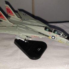 Maquetas: F-14A TOMCAT DIECAST MODEL USN VF-31 TOMCATTERS, AE202, USS FORRESTAL AVIÓN. Lote 196115032