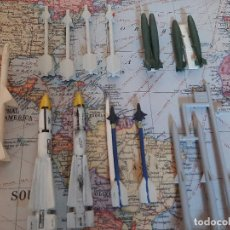Maquetas: MISILES Y BOMBAS DE AVIACION 1/48, 2 SPARROW, 2 PHOENIX, 6 SIDEWINDER, 4 BOMBAS. Lote 196952056