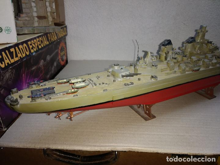 Maquetas: Maqueta de barco o buque de guerra, realizado en plástico. 59 cm de largo - Foto 2 - 198475617