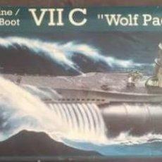 Maquetas: REVELL 1/72 GERMAN SUBMARINE U-BOOT VII C WOLF PACK Y TRIPULACION 1/72 REVELL 05015-02525. NUEVOS.. Lote 203811085