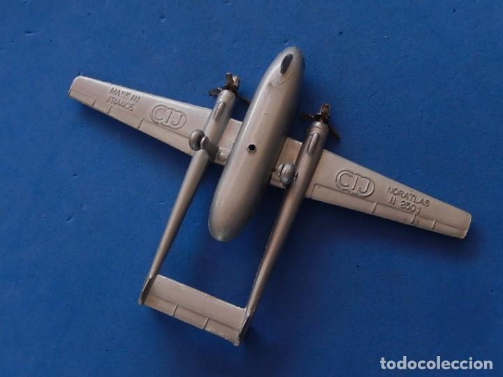 Maquetas: Pequeño avión metálico. Noratlas. N 2501. CIJ. Fabricado en Francia. - Foto 2 - 205039481