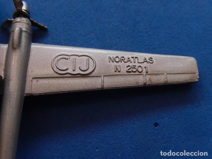 Maquetas: Pequeño avión metálico. Noratlas. N 2501. CIJ. Fabricado en Francia. - Foto 5 - 205039481