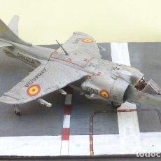 Maquetas: HARRIER EN PISTA - DIORAMA 1/72- HARRIER AV-8B MATADOR-ARMADA ESPAÑOLA. DEDALO. AÑOS 80.. Lote 205683798