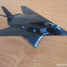 Maquetas: DEL PRADO: AVIONES EN COMBATE: MAQUETA EN METAL ESCALA 1/150 AVION F-117 STEALTH. Lote 211668954