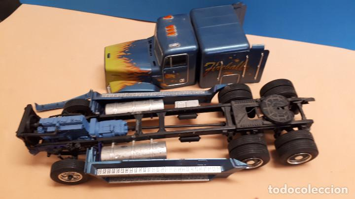 FREIGHTLINER FLD 120 (Juguetes - Modelismo y Radiocontrol - Maquetas - Coches y Motos)