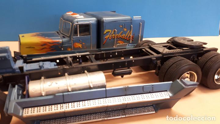 Maquetas: Freightliner FLD 120 - Foto 2 - 212258183