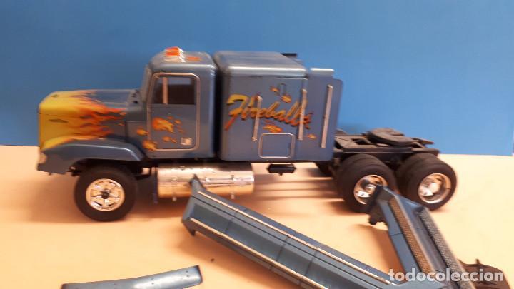 Maquetas: Freightliner FLD 120 - Foto 3 - 212258183