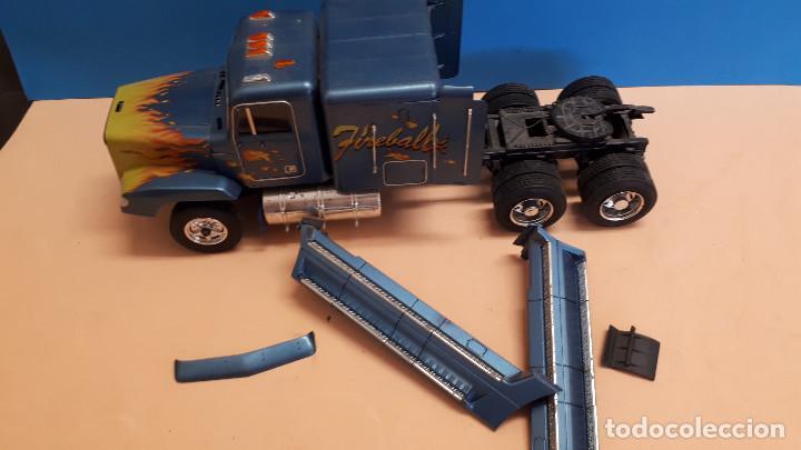 Maquetas: Freightliner FLD 120 - Foto 4 - 212258183