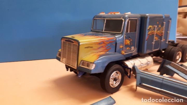 Maquetas: Freightliner FLD 120 - Foto 5 - 212258183