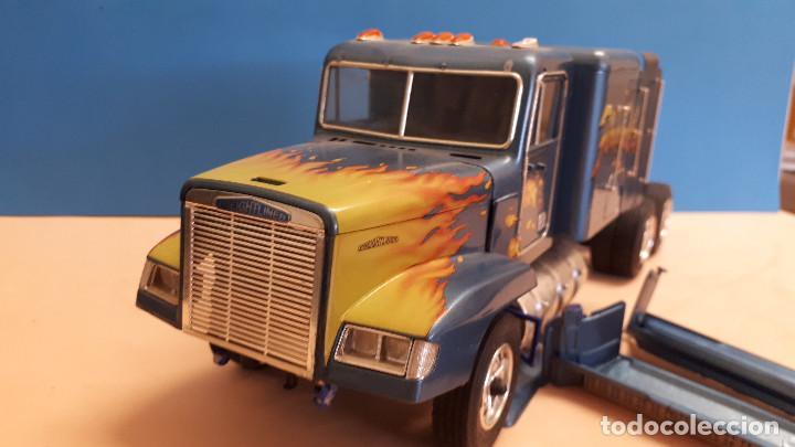Maquetas: Freightliner FLD 120 - Foto 6 - 212258183