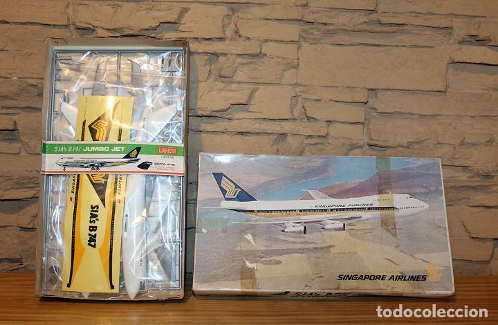 ANTIGUA MAQUETA JUMBO B747 DE SINGAPORE AIRLINES - NUEVA Y PRECINTADA - MADE IN JAPAN - LANDEX (Juguetes - Modelismo y Radio Control - Maquetas - Aviones y Helicópteros)