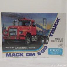 Maquetas: MACK DM 600 TRUCK ERTL. VERSIÓN AÑOS 60. PRECINTADO, SIN ABRIR.. Lote 216759852