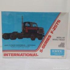 Maquetas: INTERNATIONAL S-SERIES F-2575 DE ERTL. AÑO 1978. PRECINTADO, SIN ABRIR.. Lote 216760498