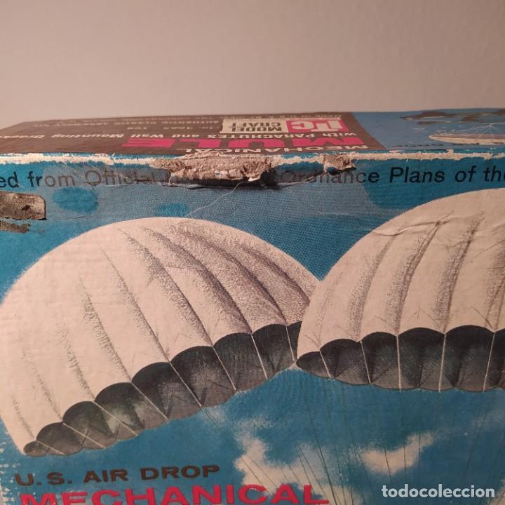 Maquetas: U.S. Air Drop Mechanical Mule with Parachutes. Año 1960. Completo pero sin calcas. - Foto 2 - 217290180