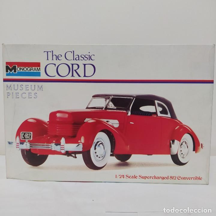 THE CLASSIC CORD 1/24 MONOGRAM. NUEVO (Juguetes - Modelismo y Radiocontrol - Maquetas - Coches y Motos)